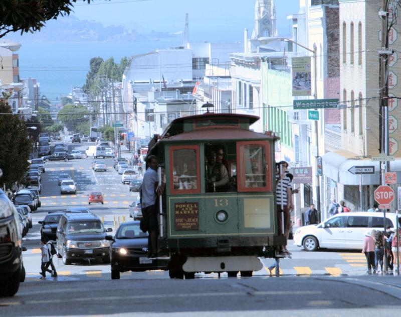 Hyde Street met uitzicht op de San Francisco Bay.