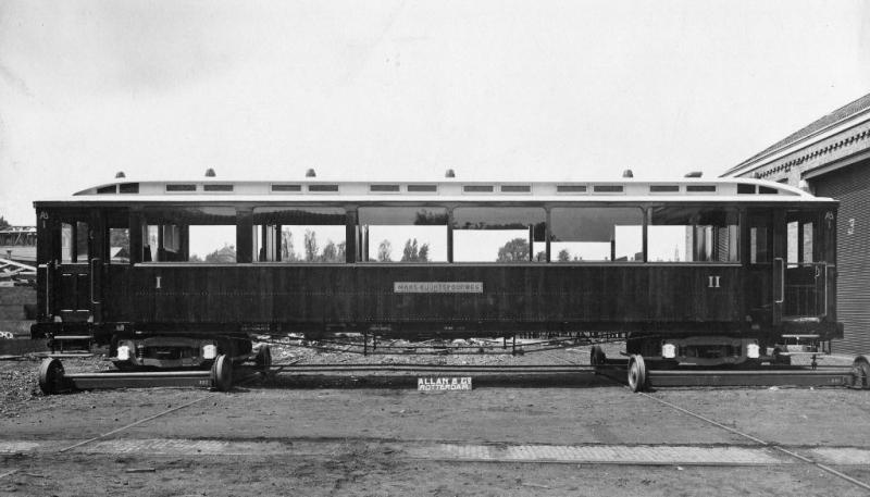 04 Afleveringsfoto van rijtuig AB1 door Allan, Rotterdam 1913.(verz. NVBS)