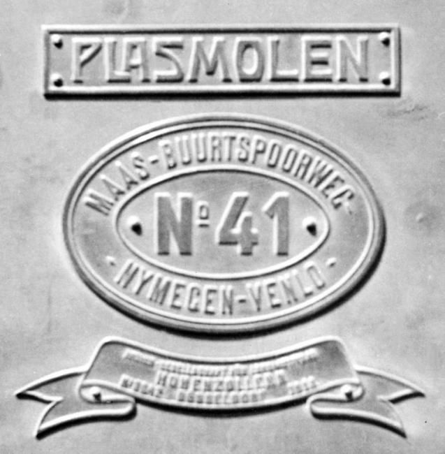 08 Naam- en nummerplaat met het fabrieksschild van Loc 41 'Plasmolen', 6 juli 1941. (verz. Van Donselaar)