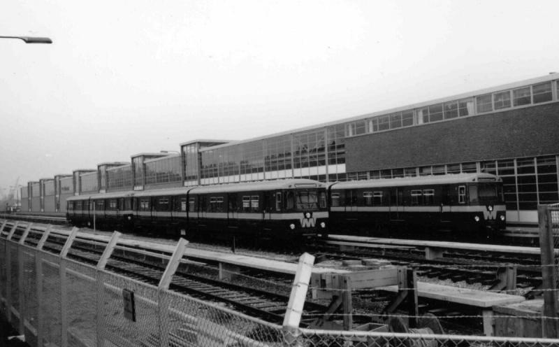 Remise met enkele metro-stellenFoto Wout Jansen, 5 november 1966