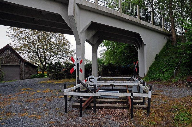 spoors monument bij Schapenbout
