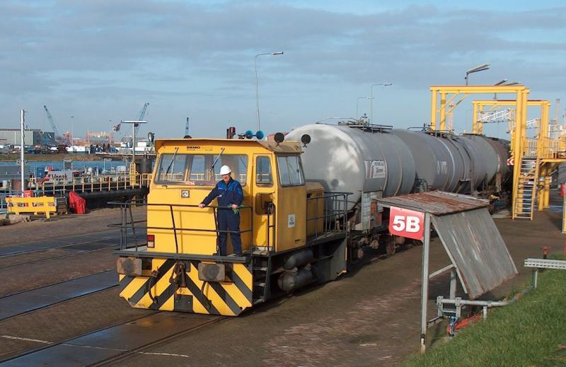 De firma Bemo te Warmenhuizen bouwt nog industrielocomotieven voor normaalspoor