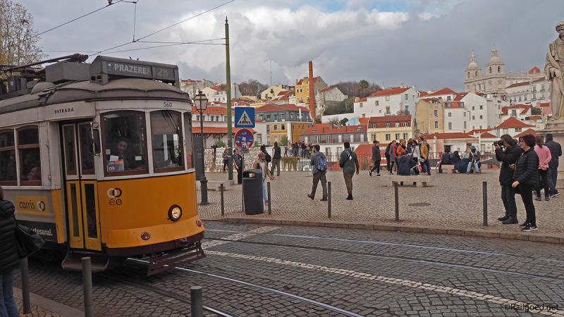 Het uitzicht is bijzonder, en een foto maken van een tram zonder andere fotografen erop is schier onmogelijk.