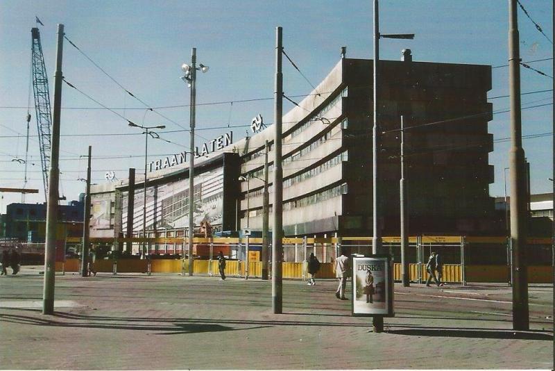 Vlak voor de sloop fotografeerde oud-Hoofdbestuurslid van de NVBS P. Collet uit Den Helder het station Rotterdam-Centraal.
