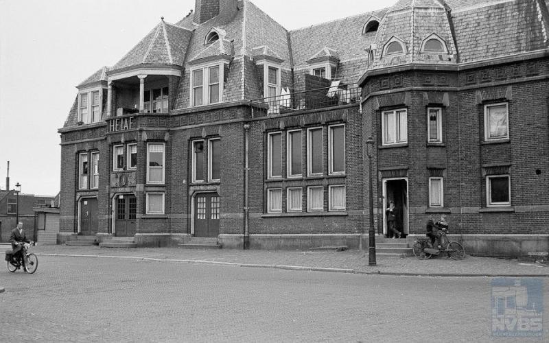 Leiden-Heerensingel was een kopstation, het eindpunt van de lijn uit Hoofddorp.