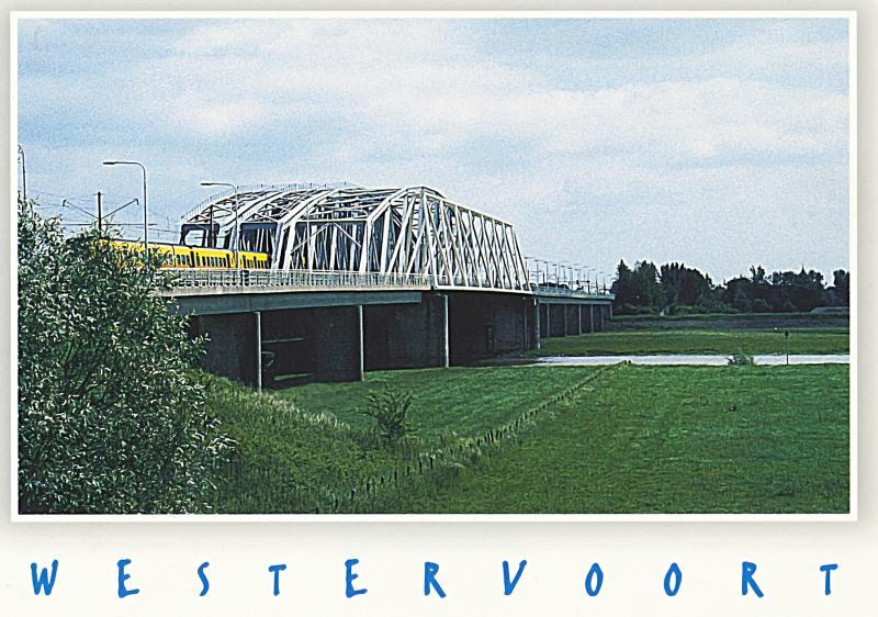 In 1971 werd een nieuwe tweebaans verkeersbrug opgeleverd, in 1980 een nieuwe eensporige treinbrug, in 1984 een nieuwe treinbrug voor een tweede spoor en kort daarna nog een fietsbrug.