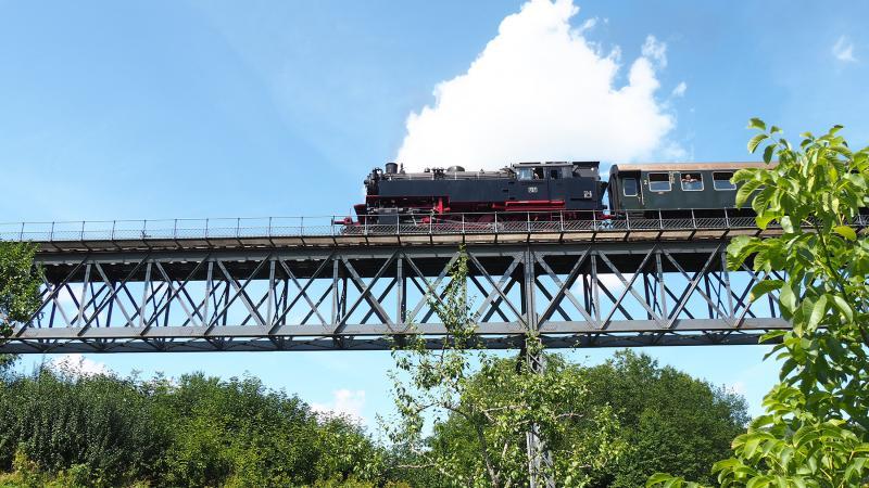 De Museumsbahn rijdt zo′n zeven retourritten per week in het zomerseizoen.