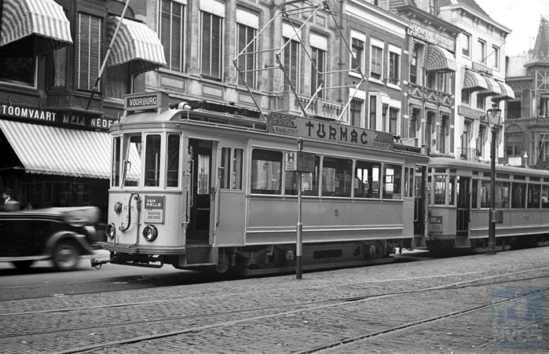 De eerste interlokale rijtuigen, die zowel onder 600 als onder 1200 Volt bovenleidingspanning konden rijden, behoorden tot een serie van zes tweeassers die, door HAWA in 1923 geleverd, de laatste jaren dienst hebben gedaan op lijn I³ naar Voorburg.